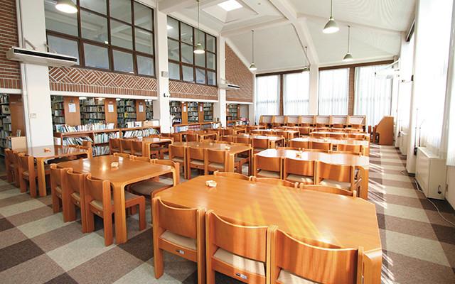 廣津藤吉記念図書館